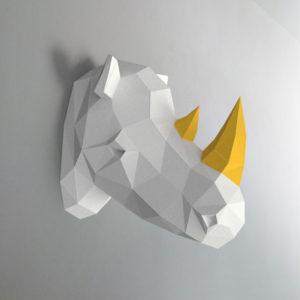 Rinoceronte branco e amarelo