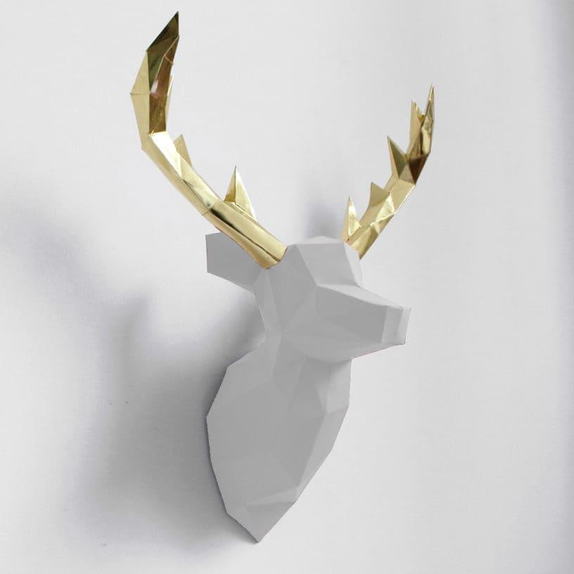 cervo branco dourado