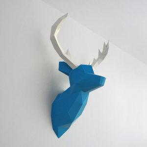 cervo azul branco