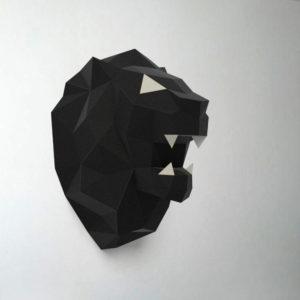 leão preto e branco