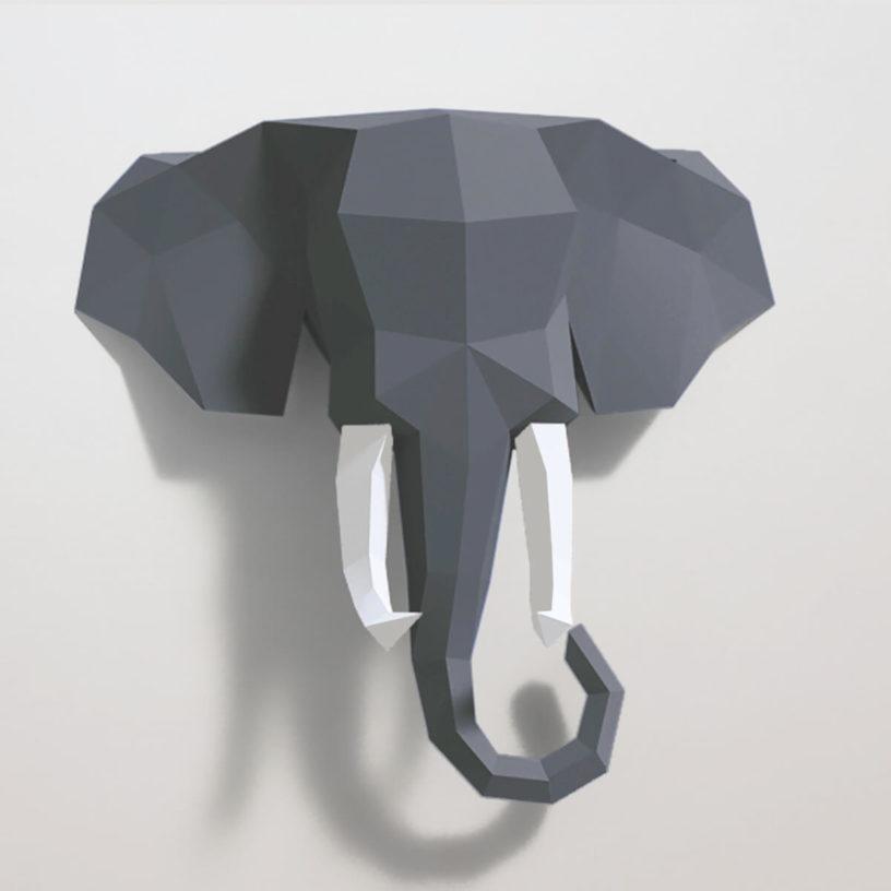 Elefante cinza e branco