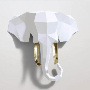Elefante branco e dourado