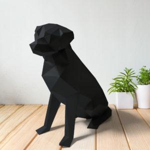 Cachorro labrador preto